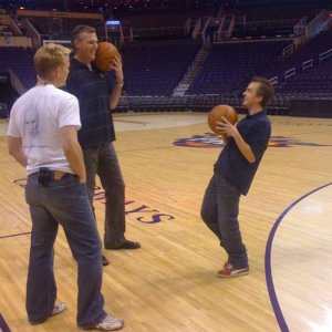 Frankie preparing for 2010 Phoenix Suns Celebrity Shootout