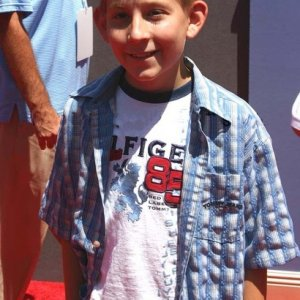 Erik at the 'Princess Diaries 2' world premiere, August 7, 2004