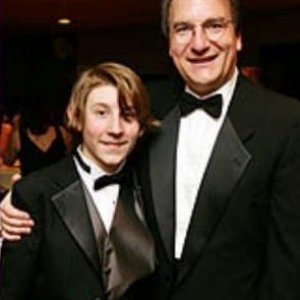 Erik Per Sullivan and his dad Fred at Oscar Night America